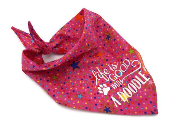 Bandana roze met gekleurde sterren